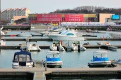 De Jachthaven van het Jacht van de stad van China Qingdao stock foto's