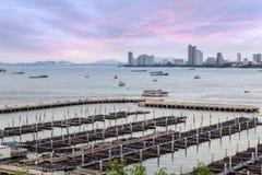 De jachthavenmening van de hoogtehoek van snelheidsboot in Bali Hai Pier stock fotografie