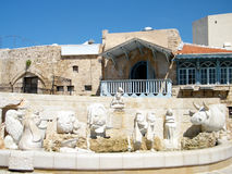 De Jaffafontein met beeldhouwwerken van dierenriem ondertekent 2011 Royalty-vrije Stock Afbeelding