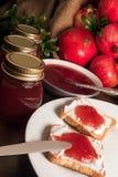 De jam van de granaatappel royalty-vrije stock foto's