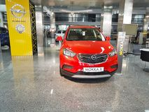 21 de janeiro de 2018 apresentação de Opel da sala de exposições do carro de Ucrânia Kiev imagens de stock