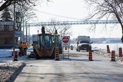21 de janeiro de 2019 manutenção de estrada civil das obras públicas de Windsor Ontario Canada Road Closed foto de stock royalty free