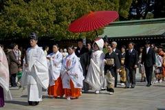 De Japanse ceremonie van het shintohuwelijk Stock Foto's