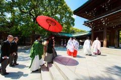 De Japanse ceremonie van het shintohuwelijk Stock Fotografie