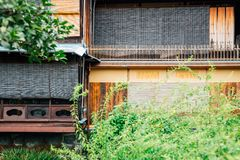 De Japanse traditionele straat van Gionshirakawa in Kyoto, Japan stock foto's
