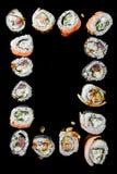 De Japanse traditionele sushibroodjes met gerookte palingsvullingen, sluiten omhoog stock foto's