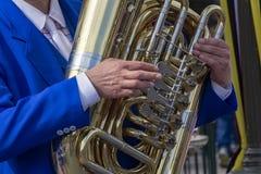 De Jazzuitvoerder van New Orleans op Tuba royalty-vrije stock foto