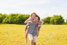 De jeugdlevensstijl, de Zomervakanties, het Dateren, Liefde, Geluk Conce Royalty-vrije Stock Foto