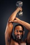De jonge Afrikaanse Amerikaanse Training van de Mensentriceps royalty-vrije stock afbeelding