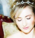 De jonge close-up van het bruidgezicht royalty-vrije stock afbeeldingen