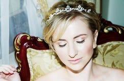 De jonge close-up van het bruidgezicht royalty-vrije stock afbeelding