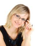 De jonge dame die van Nice glazen draagt. Stock Afbeeldingen