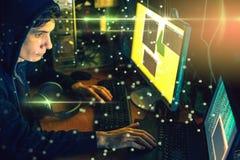 De jonge hakker in dark besmet computers en systemen vector illustratie