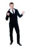 De jonge man in een zwarte cardigan Stock Foto