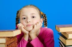 De jonge meisjesdromen royalty-vrije stock foto's