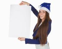 De jonge mooie bedrijfsvrouw in blauw GLB houdt rechthoekig stuk van Witboek Royalty-vrije Stock Foto's