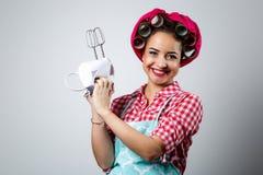 De jonge mooie mixer van de meisjesholding royalty-vrije stock afbeeldingen
