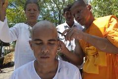 De jonge Ordening van de Monnik in Thailand royalty-vrije stock afbeeldingen