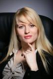 De jonge sexy bedrijfsvrouw royalty-vrije stock foto