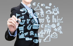 De jonge Slimme bedrijfsvrouw schrijft de groei bedrijfsidee stock foto