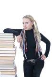 De jonge student met de boeken Royalty-vrije Stock Afbeeldingen