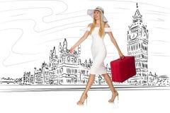De jonge vrouw die naar Londen in het UK reizen Stock Foto's
