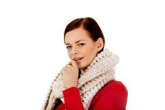 De jonge vrouw heeft een griep coughing stock fotografie