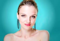De jonge vrouw van het schoonheidsportret Royalty-vrije Stock Afbeelding