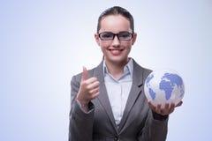 De jongelui bisinesswoman in globaal bedrijfsconcept Royalty-vrije Stock Foto