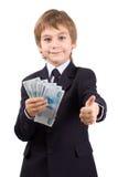 De jongen houdt geïsoleerdn geld, royalty-vrije stock afbeeldingen