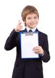De jongen met een raad voor schrijft, geïsoleerdw royalty-vrije stock afbeeldingen