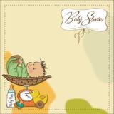 De jongen van de baby die op de schaal wordt gewogen Stock Foto