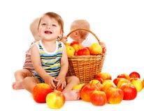 De jongen van de baby en zijn vrienden royalty-vrije stock fotografie