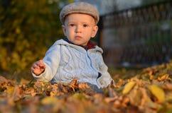 De jongen van de baby in het park Royalty-vrije Stock Fotografie