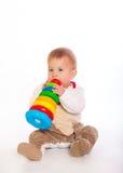 De jongen van de baby het spelen met speelgoed Royalty-vrije Stock Foto's