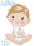 De jongen van de baby met melk Stock Afbeeldingen