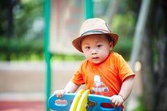 De jongen van de de zomerbaby stock foto's