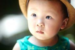 De jongen van de de zomerbaby stock afbeelding