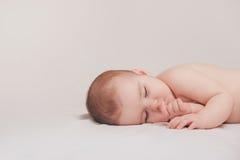 De Jongen van de slaapzuigeling stock afbeelding