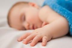 De Jongen van de slaapzuigeling Stock Fotografie