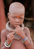 De jongen van Himba, Namibië Royalty-vrije Stock Foto