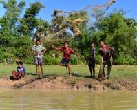 De jongens vissen Royalty-vrije Stock Fotografie