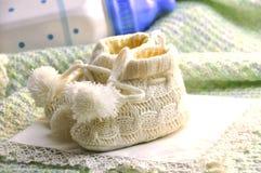 De jongensschoenen van de baby Stock Foto