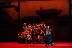 De joueur de pipeau-Le l'acte pie d'abord des événements de drame-Shawan de danse du passé Photos libres de droits