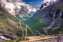 25 de julho de 2015: Estrada de Trollstigen, Noruega Fotos de Stock Royalty Free