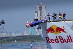 26 DE JULHO DE 2015 MOSCOU: Dia vermelho do flugtag do touro Fotografia de Stock