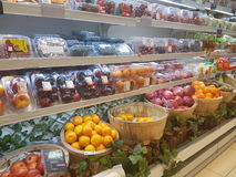 4 de julho de 2017, Selayang Selangor Os frutos indicam em Jaya Grocer Supermarket foto de stock