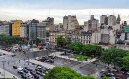 9 de Julio Avenue en Buenos Aires Foto de archivo libre de regalías