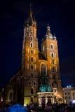 9 de julio de 2017, Polonia, Kraków Plaza del mercado en la noche El marcha principal Imagen de archivo libre de regalías