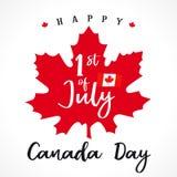 1 de julio, letras de día felices de Canadá en la hoja de arce stock de ilustración